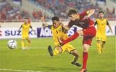越南隊(紅衣)6比0大勝汶萊隊。
