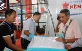 越南華人企業萬成乳膠床墊公司參加第十五屆中國-東盟博覽會。