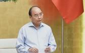 政府總理阮春福主持視像會議。