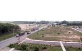 通往隆城機場項目的道路。