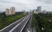 使用公共投資資金、剛獲投入使用的河內梅易-南昇龍高架橋有助緩解 首都的交通壓力。