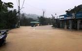 強降雨致南茶眉縣交通中斷(圖源:互聯網)