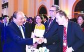 阮春福總理接見企業代表。