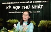 市人民議會主席阮氏麗