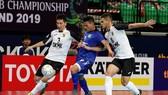 AGMK đã hai lần tạo cách biệt 2 bàn trước Thái Sơn Nam. Ảnh: Độc Lập