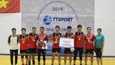 Đội D2VC trở thành nhà vô địch đầu tiên của giải đấu.