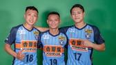 Thái Huy và Minh Trí trong trang phục của CLB Yokohama. Ảnh: TSNFC