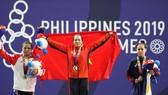 Vương Thị Huyền nén nỗi đau mất cha để giành chiến thắng tại SEA Games 30.