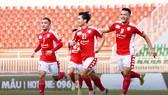 Công Phượng và các đồng đội ở CLB chấp nhận giảm lương trong giai đoạn tạm dừng thi đấu hiện nay.