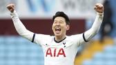 """Son Heung-min lần thứ tư đoạt giải """"Cầu thủ xuất sắc nhất châu Á""""."""