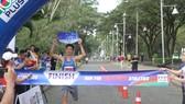 """VĐV 2 đích ở giải """"Chạy vì điền kinh Việt Nam"""" 2021. Ảnh: NGUYỄN ANH"""