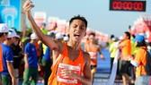 Hoàng Nguyên Thanh (Bình Phước) vô địch nội dung marathon nam.