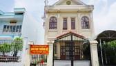 Sổ đỏ của Chi cục Thống kê thị xã Giá Rai trong KDC Nọc Nạng bị Công ty TNHH Thiên Phúc cầm ở ngân hàng. Ảnh: LĐ