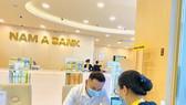 Nam A Bank gia tăng lợi ích cho khách hàng giao dịch mùa Covid-19