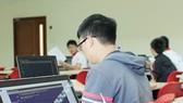 Các cuộc thi Toán, Lý, tiếng Anh trên mạng: Không được tổ chức đội tuyển, không xét giải  