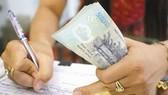 Từ ngày 1-7-2020, thực hiện điều chỉnh mức lương cơ sở từ 1,49 triệu đồng/tháng lên 1,6 triệu đồng/tháng