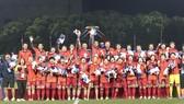 Thường trực Chính phủ quyết định tặng thưởng các nữ cầu thủ cũng như Ban huấn luyện đội tuyển bóng đá nữ Việt Nam mỗi người 100 triệu đồng. Ảnh: DŨNG PHƯƠNG