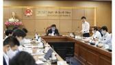 Thứ trưởng Bộ GD-ĐT Nguyễn Hữu Độ chủ trì hội nghị ngày 25-3