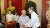 Tổng Bí thư, Chủ tịch nước Nguyễn Phú Trọng và Bí thư Thành ủy TPHCM Nguyễn Thiện Nhân. Ảnh: QUANG PHÚC