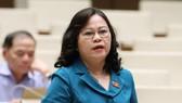 Bà Ngô Thị Minh, Phó Chủ nhiệm Ủy ban Văn hóa, Giáo dục, Thanh niên, Thiếu niên và Nhi đồng của Quốc hội giữ chức vụ Thứ trưởng Bộ Giáo dục - Đào tạo