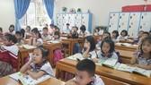 Học sinh học sách Cánh Diều