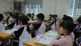 Bộ GD-ĐT khuyến khích tổ chức dạy bơi cho học sinh trong và ngoài nhà trường. Ảnh: QUANG PHÚC