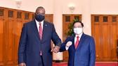 Thủ tướng Phạm Minh Chính tiếp Bộ trưởng Quốc phòng Hoa Kỳ Lloyd Austin. Ảnh: VIẾT CHUNG