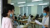 Thí sinh tham dự kỳ thi tốt nghiệp THPT năm 2021 đợt 1. Ảnh: QUANG PHÚC