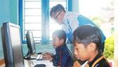 Dự kiến huy động được gần 1 triệu máy tính bảng cho học sinh nghèo học trực tuyến