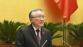 Chánh án Tòa án nhân dân tối cao Nguyễn Hòa Bình trình bày Báo cáo công tác năm 2021 của Chánh án Tòa án nhân dân tối cao