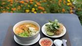 Món bún cá Kiên Giang tại khách sạn Grand Saigon