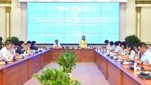 Đồng chí Nguyễn Thị Lệ, Phó Bí thư Thành ủy, Chủ tịch HĐND TPHCM chủ trì buổi giao ban. Ảnh: VIỆT DŨNG