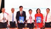 Điều chỉnh phân công công tác lãnh đạo UBND TPHCM nhiệm kỳ 2016 - 2021