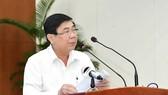 Chủ tịch UBND TPHCM Nguyễn Thành Phong ''điểm mặt'' sở ngành ''ngâm'' hồ sơ của doanh nghiệp