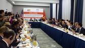 Thủ tướng Nguyễn Xuân Phúc gặp gỡ cộng đồng doanh nghiệp Hoa Kỳ