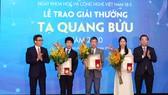 Tôn vinh những nhà khoa học Việt Nam
