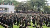 Tiếp tục tăng cường gần 1.200 quân y vào miền Nam chống dịch