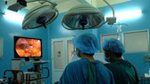 Surgeons perform an operation on ruptured bladder patient (Photo: SGGP)