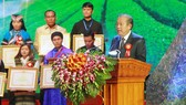 Ethnic outstanding people, intellectuals, businesspersons honored