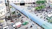 HCMC authorities encourage walkers to use footbridges