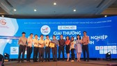Winners receive HCM City's 2018 I-Star Awards for creativity, innovation and business start-ups. — VNS