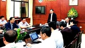 At the yesterday between Agriculture Minister Ngueyn Xuan Cuong and representatives of big livestock corporations (Photo: SGGP)