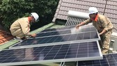 People in countryside rush to set up rooftop solar panels