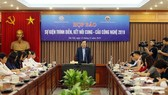 Deputy Minister of Science and Technology Tran Van Tung chaired the press conference. (Photo: SGGP)