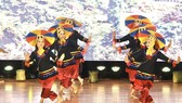 A performance by Cambodian artists at the programme in Long Xuyen city, An Giang province, on November 21 (Photo: VNA)