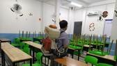 Schools are disinfected to prevention the spread of coronavirus (Photo: SGGP)