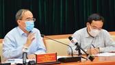 Mr. Nguyen Thien Nhan speaks at the meeting (Photo: SGGP)