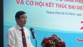 Deputy Director of the Department of Health in Ho Chi Minh City Dr. Nguyen Huu Hung at the meeting (Photo: SGGP)