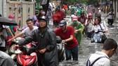 Serious flood in Hanoi after typhoon Talas