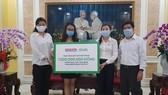 SGGP Newspaper, Grab Vietnam offer US$43 trln to flood-hit residents